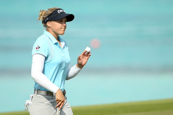Henderson Leads During First Round at Pure Silk Bahamas LPGA Classic